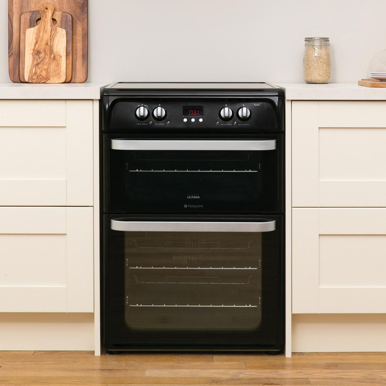 Hotpoint HUE61GS Ultima Free Standing A/A Electric Cooker