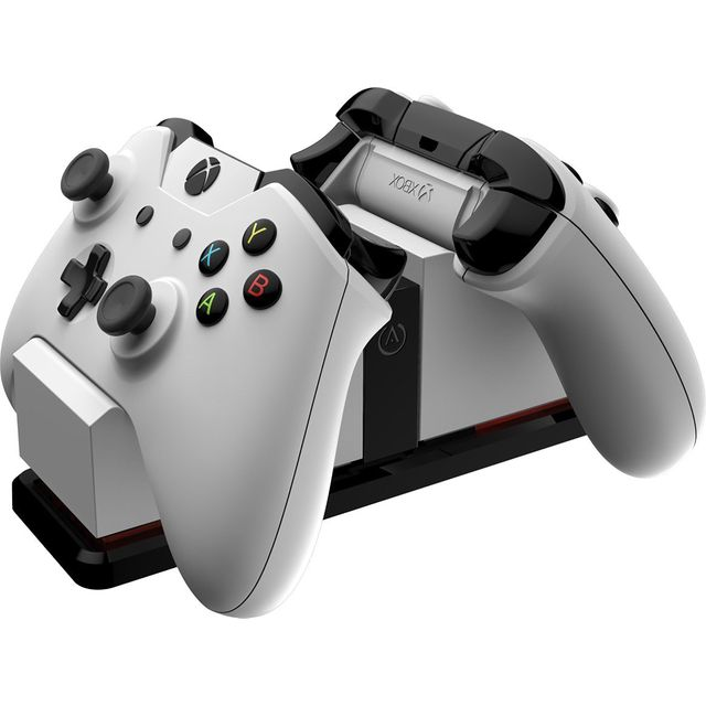 Power A Xbox One Licensed Charging Station - White - 1500295-01 - 1