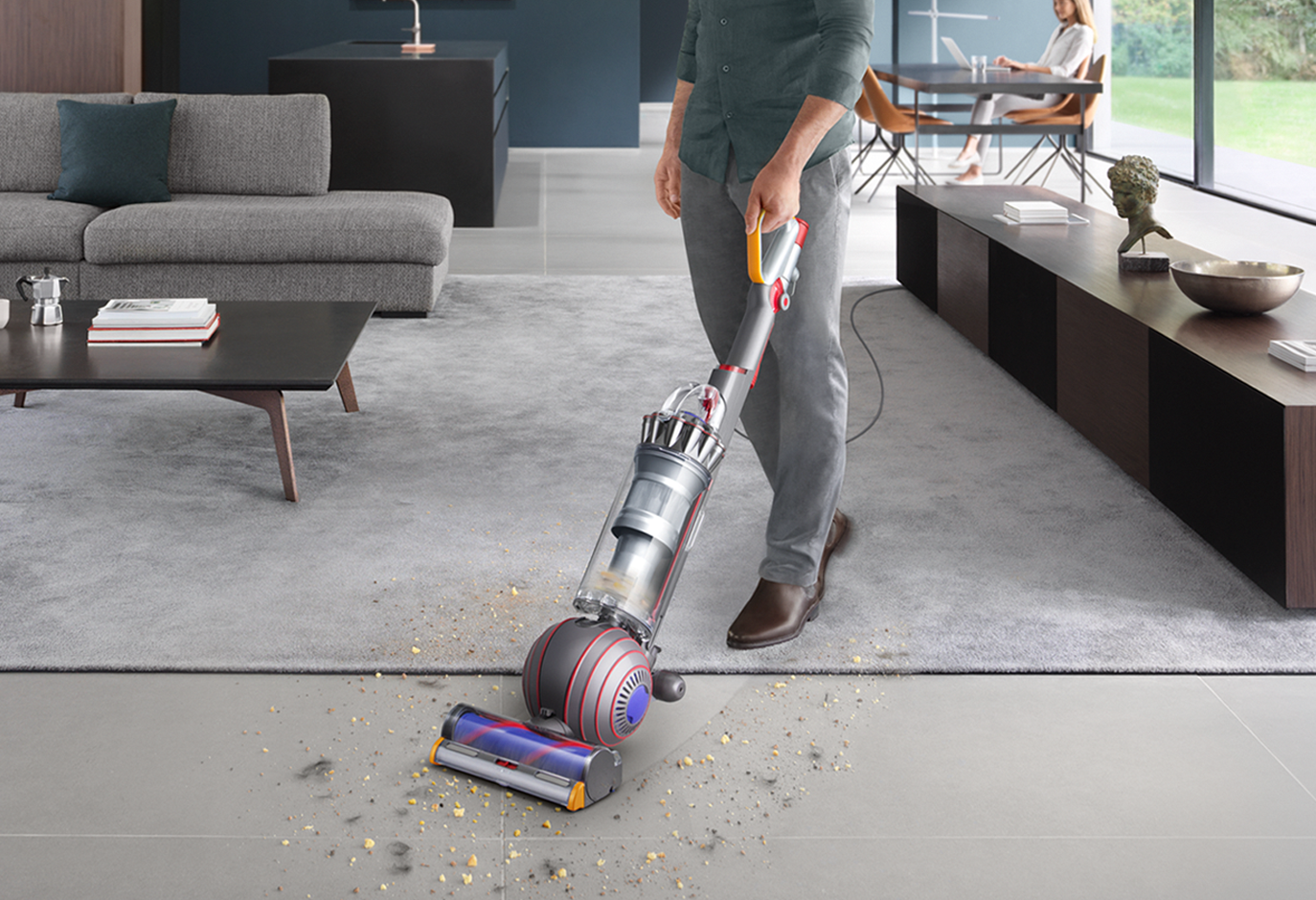 Full-size vacuums - Engineered to clean across all floor types